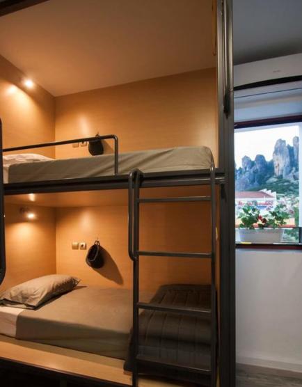meteora hostel room